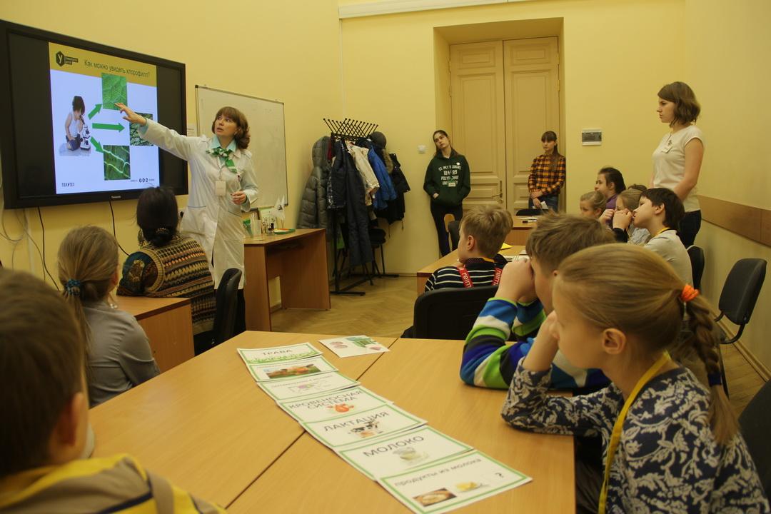 Преподаватели и студенты ВШБТиПТ Политехнического университета – участники инновационного образовательного проекта для детей